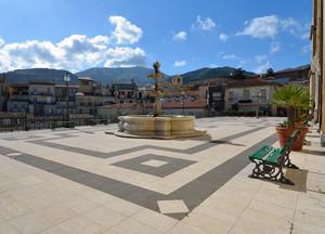 Castroreale – Piazza Vittorio Emanuele III