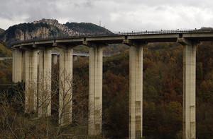 Viadotto sotto a Pietrasecca