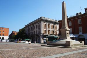 Domenica mattina in piazza Garibaldi