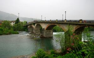 Ponte a Moriano