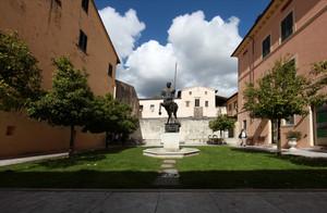 piazza del centauro