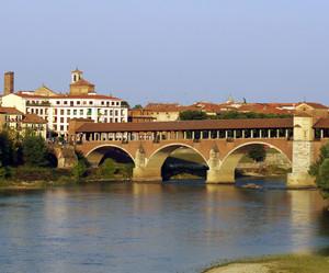 il ponte Coperto dal Viale Giulietti