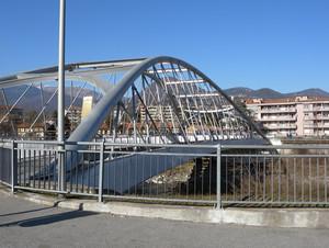 Ponte avveniristico