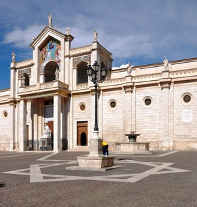 Una stella in piazza al cospetto del Duomo