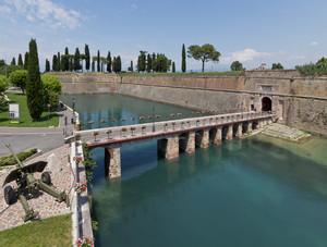 Il ponte in scala