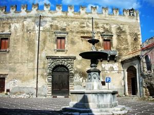 piazza castello mediceo.
