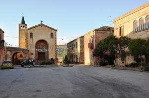 Piazza Generale Antonio Cascino … al Borgo.