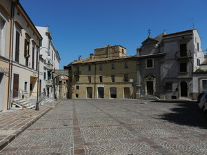 Piazza Raffaele Caporali