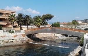 Il ponte di San Lorenzo al Mare