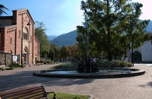 Piazza della chiesa dei padri Francescani