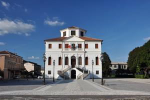 Piazza Caduti della Repubblica