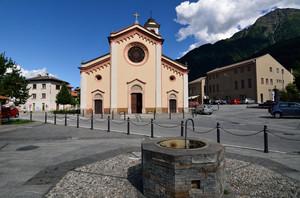 Villatico, piazza Giovanni Paolo II