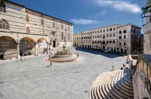 il fulcro urbanistico, politico e monumentale di Perugia