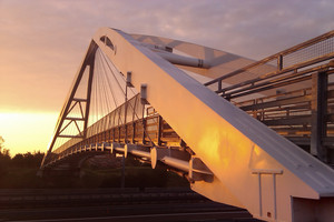 Alba sul ponte