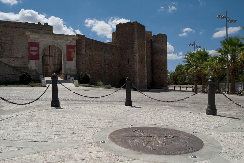 ''Un medaglione per l'antica piazza del castello'' - Miglionico