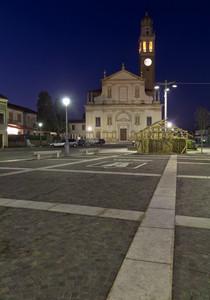 Piazza Marconi in blu