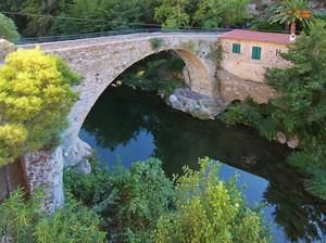 Ponte di accesso al centro storico