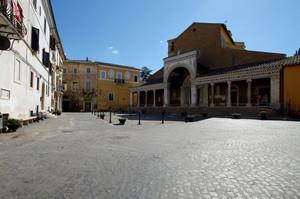 Piazza del Duomo di Civita C. 2