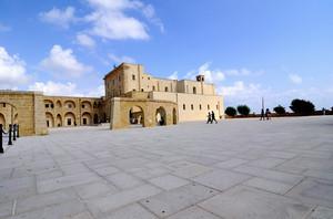 La piazza della Basilica