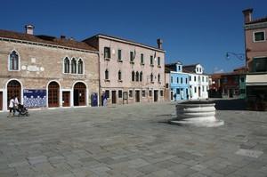 La piazza di Burano