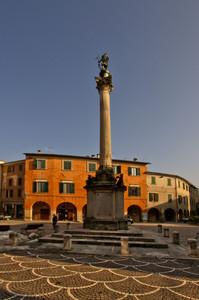 Urbania – Piazza San Cristoforo