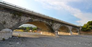 Ponte sul torrente (2)