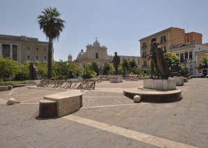 altri tempi in Piazza Umberto Giordano