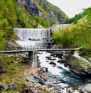 Ponte tra San Giuseppe e Primolo