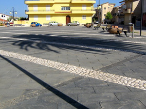 Piazza E. Loi