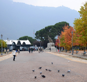 Autunno in Piazza Risorgimento