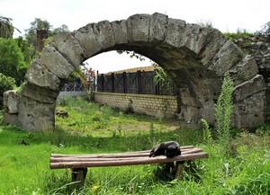Il guardiano del ponte romano