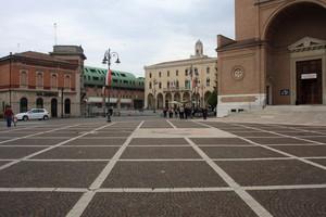 piazza Giuseppe Scarpa e Vittorio Emanuele II