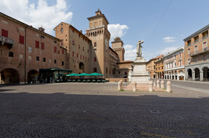 La Piazza del Savonarola