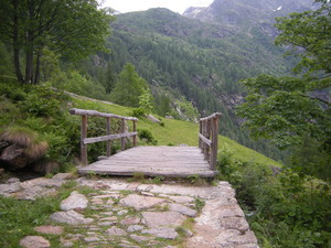 Alagna, ponte in legno
