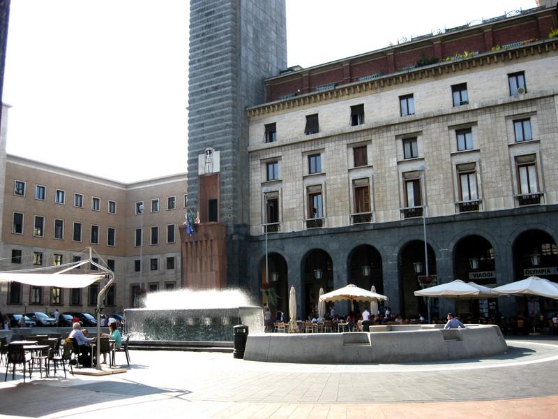 ''Varese piazza Monte Grappa'' - Varese