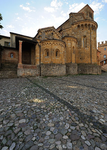 Atmosfera medievale
