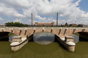 Il ponte e l'idrovora