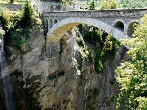 Il ponte sull'orrido…