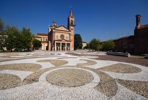 Piazza Toti (2)