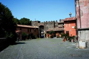 Piazza della rocca  Ostia antica