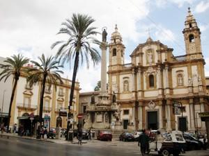 Piazza San Domenico 2