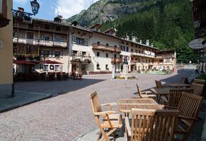 Tavolini in piazza