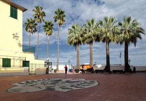 A passeggio in Piazza G.Marconi