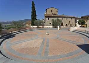 Piazza della Pace di Solomeo