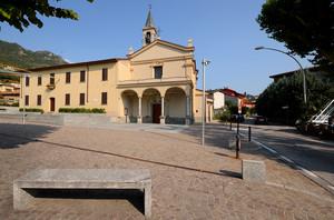 Piazza di Sala al Barro (3)