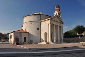 Piazza Santa Savina