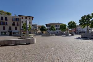 Modernità di Piazza Libertà