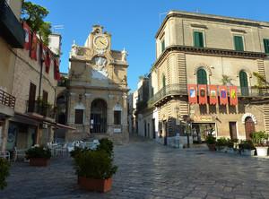 Piazza Manfredi