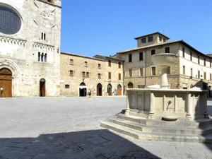 Piazza bella piazza