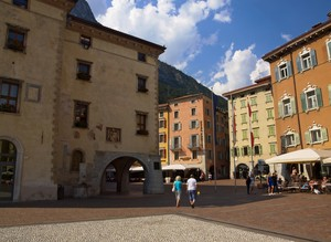 In piazza a Riva